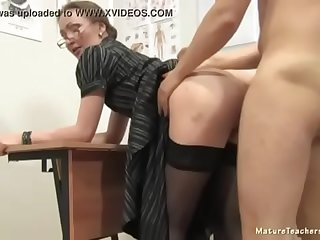 mature teacher respecting a different duty to her young student  MOMPORN20.COM