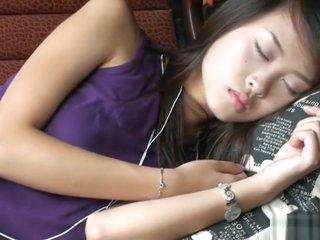 Choose Sleeping Girlfriend's Nylon Limbs