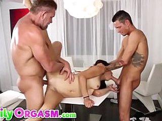 Nutty Unobtrusive Threesome Fucks