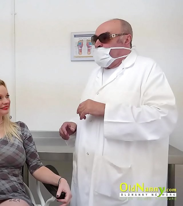 OldNannY Dental Convalescent home Pussy Licking Wager