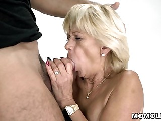 Granny squirts on a changeless flannel  Diane Sheperd and Mugur  Lusty Grandmas