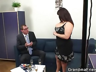 Threesome with respect to heavy tits mature woman