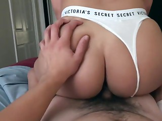 Tight Young Latina with respect to Creamy Pussy rides Big Gumshoe