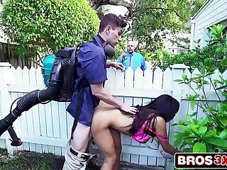 Sneaky Horny Wife Priya Price Fucks The Gardener