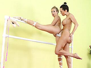 Instructor Franceska Jaimes loves to fuck erotic Lynn asshole using a toy