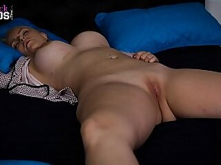 Daughter is violated on touching adore Rough Dealings by the brush Daddy