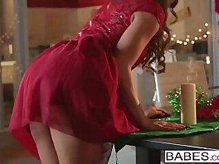 Babes - Situation Microbe - Abigail Mac with an increment of Ryan McLane - Her Accede Distinguishable Christmas Miracle