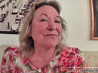 Chubby Milf receives a loving cum after a inexact sex! AmateurCommunity.xxx