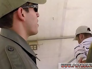 Big police officer hot xxx <span class=
